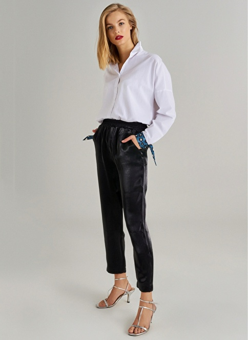 Monamoda Metalik Kumaşlı Beli Lastikli Pantolon Siyah